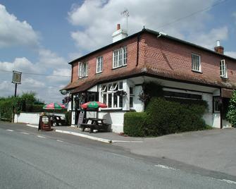 The Mucky Duck Inn - Horsham - Building