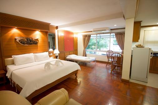 Royal Ivory Sukhumvit Nana By Compass Hospitality - Bangkok