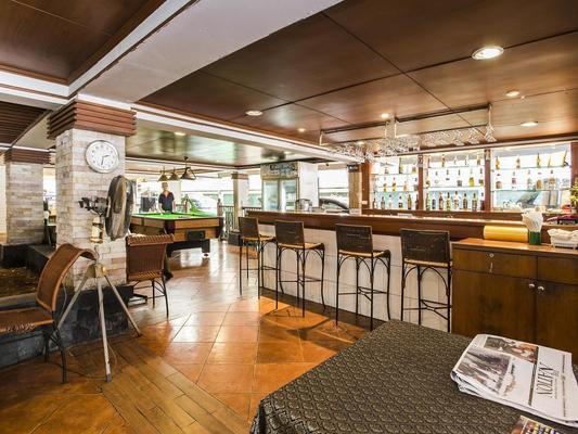Royal Ivory Sukhumvit Nana By Compass Hospitality - Bangkok - Bar
