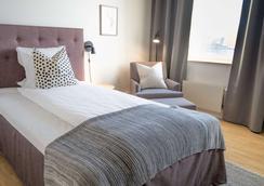 Biz Apartment Solna - Solna - Schlafzimmer