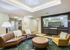 Candlewood Suites Virginia Beach Town Center - Virginia Beach - Sala de estar
