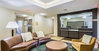 Candlewood Suites Virginia Beach Town Center - Virginia Beach - Wohnzimmer