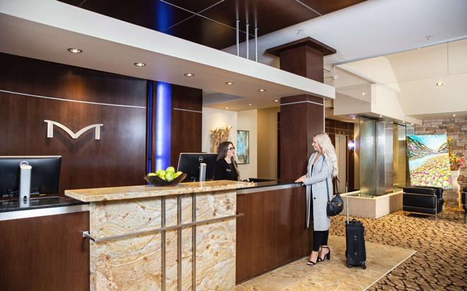 Metterra Hotel On Whyte - Edmonton - Lễ tân