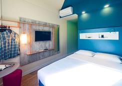 伊瓜蘇弗茲宜必思快捷飯店 - 伊瓜蘇市 - 臥室