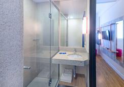 伊瓜蘇弗茲宜必思快捷飯店 - 福斯的伊瓜蘇 - 浴室