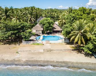 Agm Beachfront Resort & Resto - Donsol - Басейн