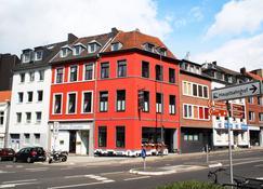 Hotel Klenkes Am Bahnhof - Aachen - Building