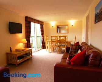 Glen Affric Holiday Park - Beauly - Living room