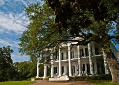 Dunleith Historic Inn - Natchez - Building