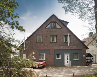 Haus im Naturpark - Wunstorf - Building
