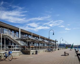 Smiltynes Jachtklubas - Klaipėda - Building