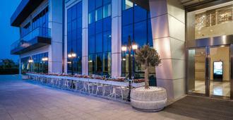 Clarion Hotel Istanbul Mahmutbey - Estambul - Edificio