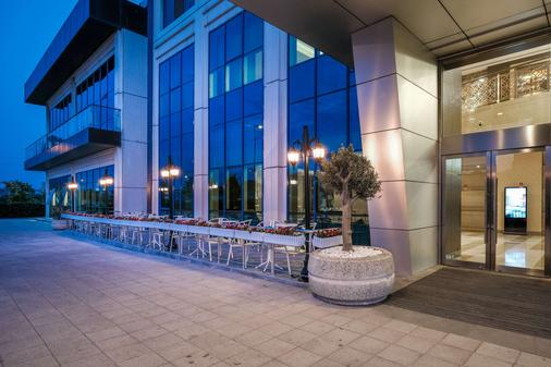 Clarion Hotel Istanbul Mahmutbey - Istanbul - Toà nhà