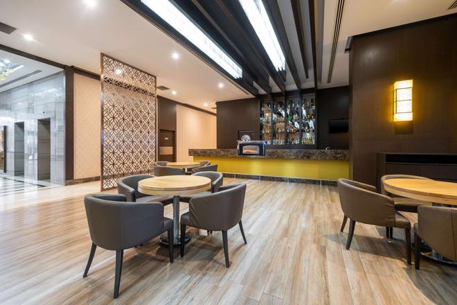 Clarion Hotel Istanbul Mahmutbey - Κωνσταντινούπολη - Bar