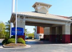 Baymont Inn & Suites Calhoun - Calhoun - Rakennus