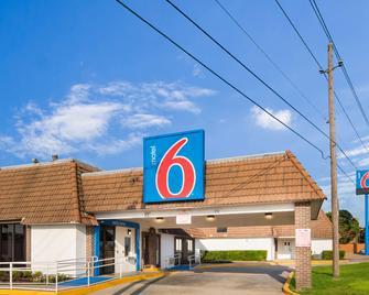 Motel 6 Dallas - Duncanville - Duncanville - Gebouw