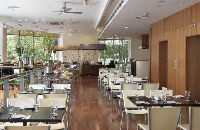 Hotel Capitol Kuala Lumpur - Куала-Лумпур - Ресторан