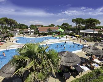 Vela Blu Camping Village - Cavallino Treporti - Pool