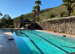 Capital O Casa Encinares - Ensenada - Pool