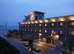 Kamakura Park Hotel - Kamakura - Building
