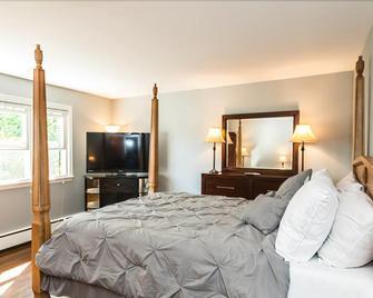 US Bed & Dinner - Stamford - Bedroom