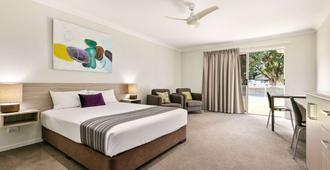 Econo Lodge Beachside - Mackay - Bedroom