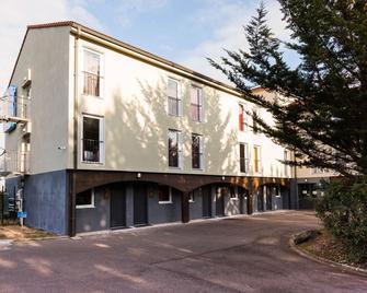 Comfort Hotel Orleans Olivet Provinces - Olivet - Building