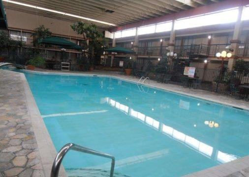Quality Inn and Suites I-25 North - Fort Collins - Pool