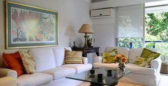 Flat with pool, Corcovado view, parking space and services - Rio de Janeiro - Wohnzimmer