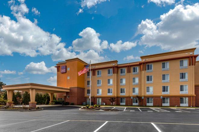 Comfort Suites - Seaford - Building