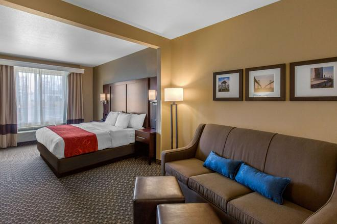 Comfort Suites - Seaford - Bedroom