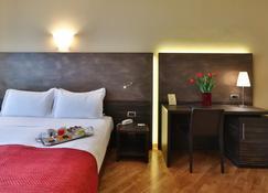 Best Western Hotel Metropoli - Genova - Makuuhuone