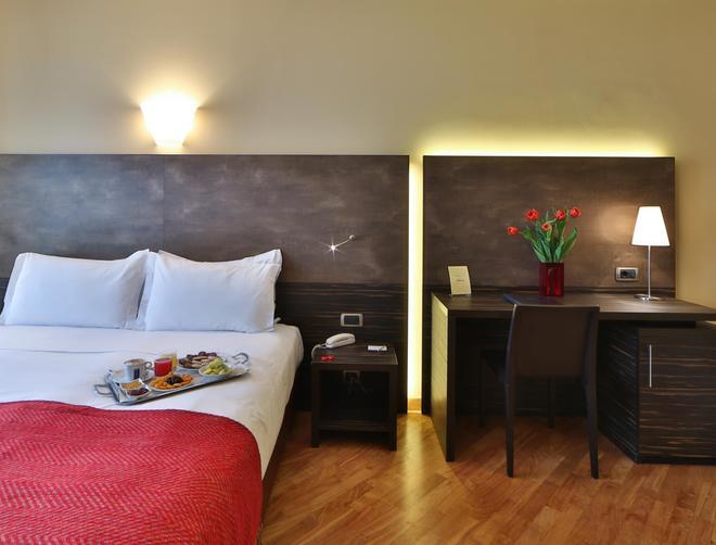 Best Western Hotel Metropoli - Генуя - Спальня