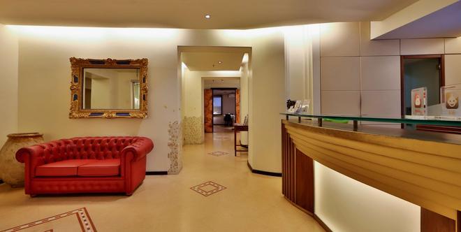 Best Western Hotel Metropoli - Génova - Recepción