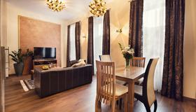 City Residence Apartment Hotel - Košice - Sala pranzo