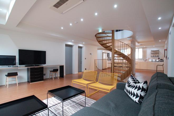 Ye'4 Guesthouse - Seoul - Living room