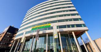 The Hague Teleport Hotel - The Hague - Building