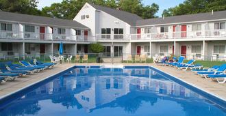 Rhumb Line Resort - Kennebunkport - Pool