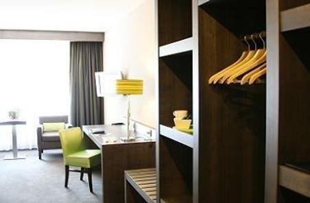 Van der Valk Hotel Arnhem - Arnheim - Zimmerausstattung