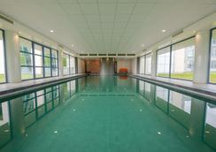 Best Western Plus Hotel Groningen Plaza - Groningen - Pool
