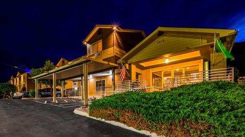 Best Western Topaz Lake Inn - Gardnerville - Building