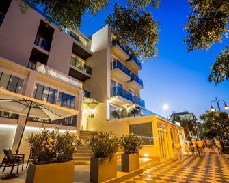 Vista Mare Hotel - Cesenatico - Building