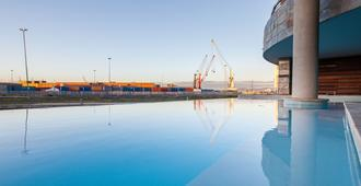 Canal Quays Luxury Apartments - Cape Town - Pool