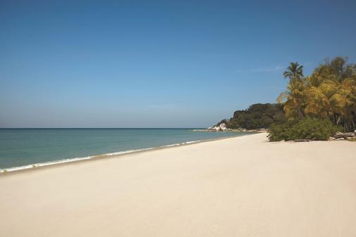 Golden Sands Resort by Shangri-La, Penang - Batu Ferringhi - Strand