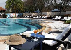 Windsor Golf Hotel & Country Club - Nairobi - Bể bơi