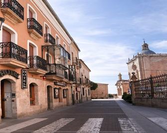 Arcos Catedral - Ciudad Rodrigo - Venkovní prostory