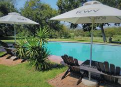 The Venue Country Hotel & Spa - Broederstroom - Pool