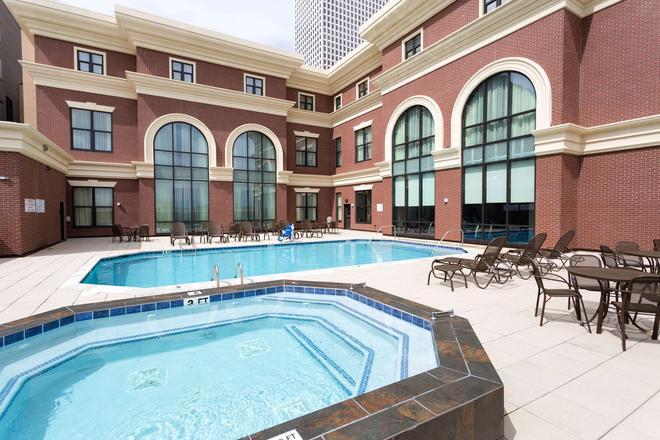 新奧爾良德魯里套房酒店 - 新奥爾良 - 紐奧良 - 游泳池