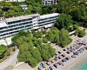 Sun Hotel Kineta - Kineta - Building