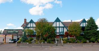 Grama's Inn - Prince George